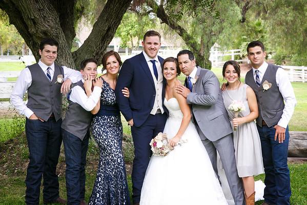 Adrianna&Matt-FamilyPortraits-005