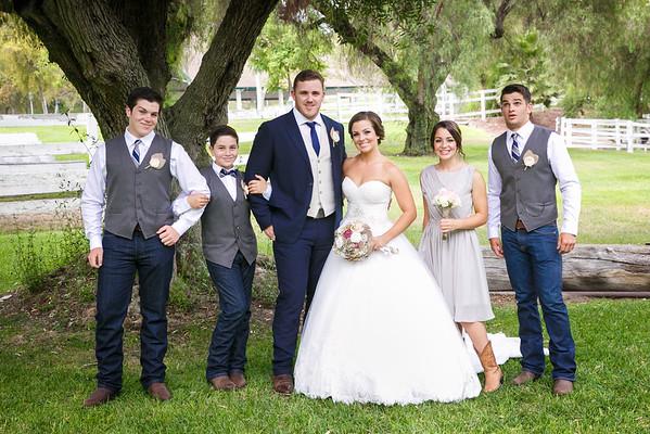 Adrianna&Matt-FamilyPortraits-006