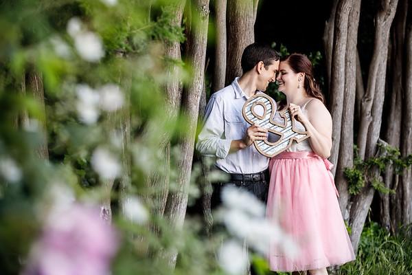 Amanda&Cameron-Engagement-2019-7647
