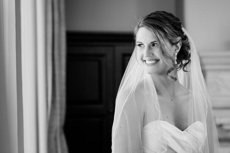 Anna&Joshua-BridalPortraits-002-2