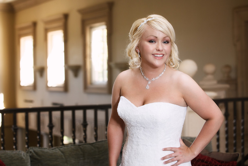 Ashley&Duane-BridalPortraits-08