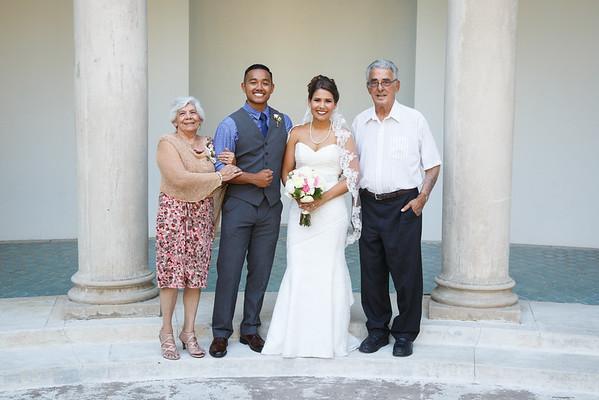 Breana&Dominic-FamilyPortraits-006