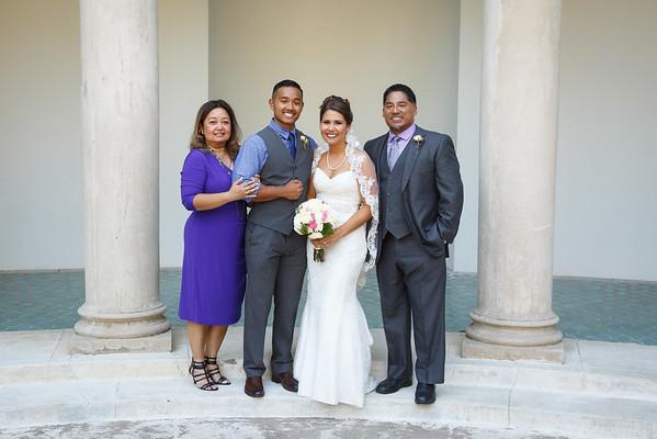 Breana&Dominic-FamilyPortraits-007