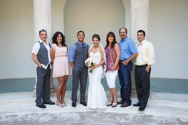 Breana&Dominic-FamilyPortraits-004