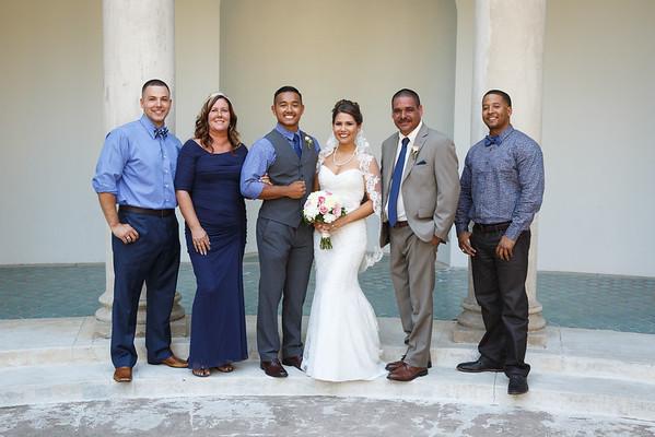 Breana&Dominic-FamilyPortraits-002
