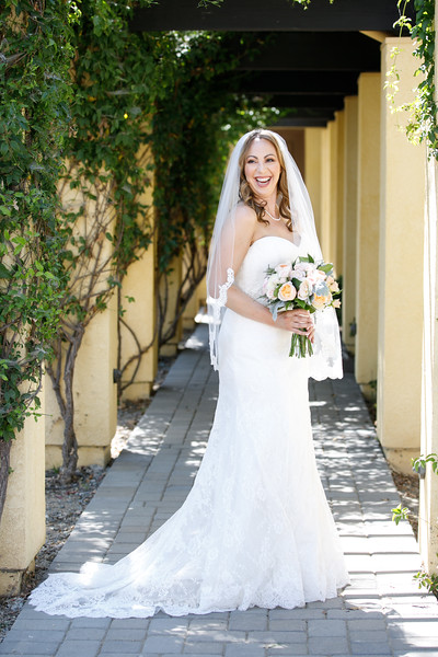 Christina&Brant-BridalPortraits-004