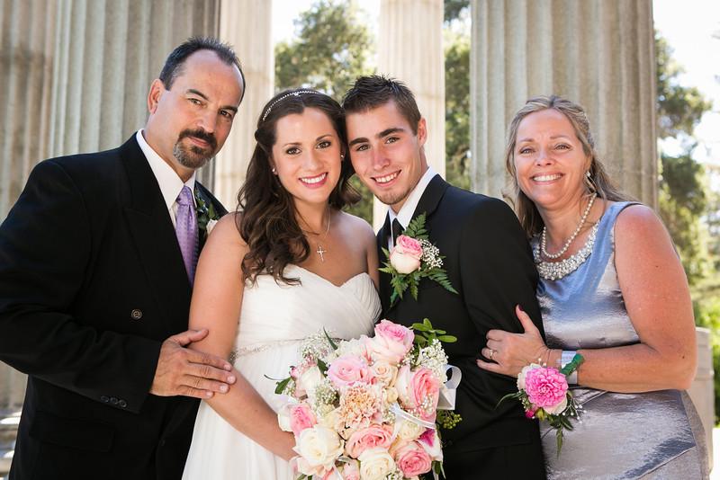 Desiree&Josh-FamilyPortraits-08