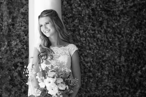 Ellie&Aaron-BridesPortraits-010-2