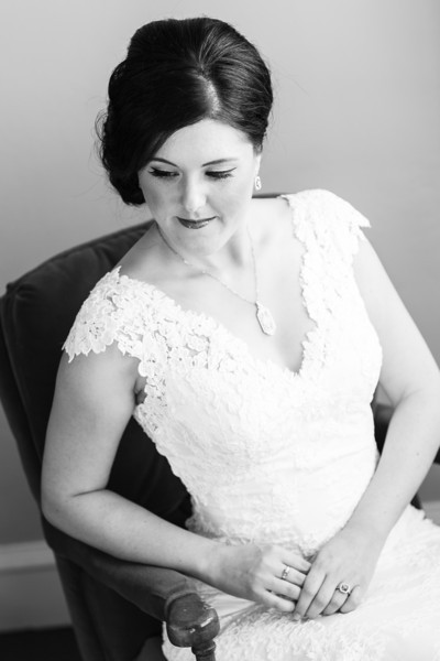 Heather&John-BridalPortraits-07