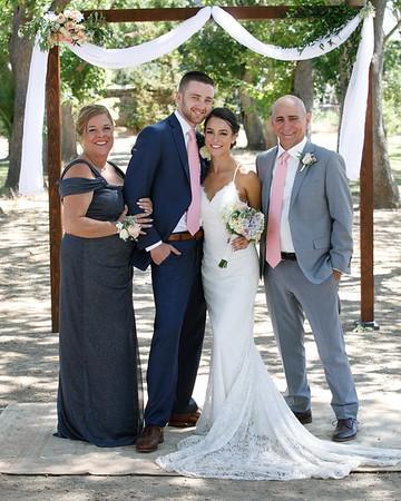 Jenna&Josiah-FamilyPortraits-005