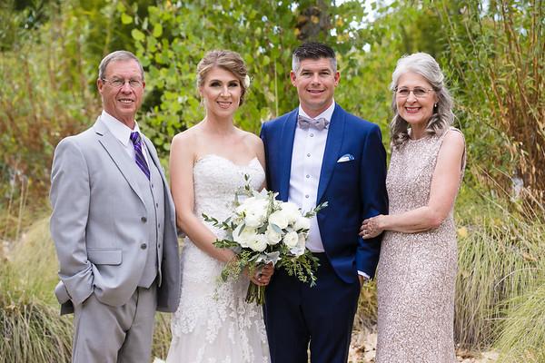Jennifer&Chris-FamilyPortraits-001