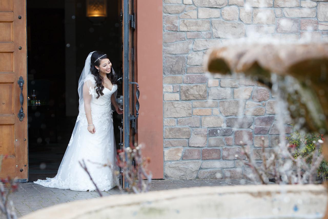 Jessica&Matthew-FirstLook-Romance-002