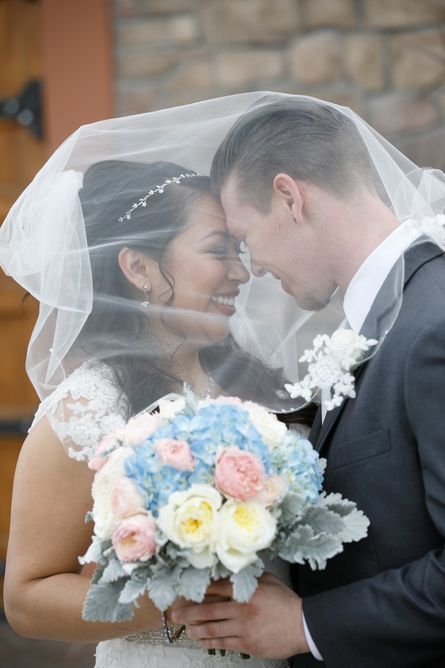 Jessica&Matthew-FirstLook-Romance-029
