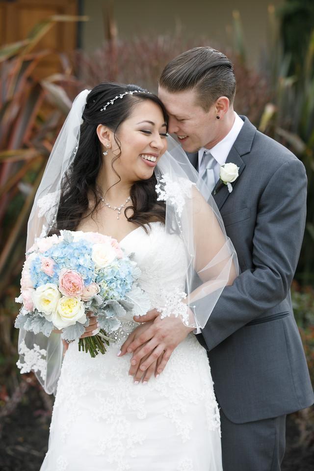 Jessica&Matthew-FirstLook-Romance-031