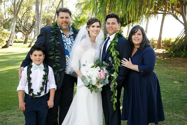 Kaitlun&Caleb-FamilyPortraits-007