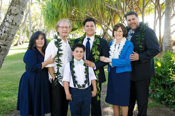 Kaitlun&Caleb-FamilyPortraits-005