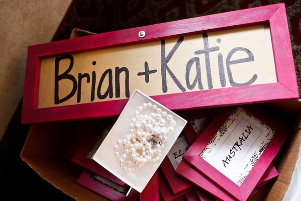 Katie&Brian-GettingReady-001