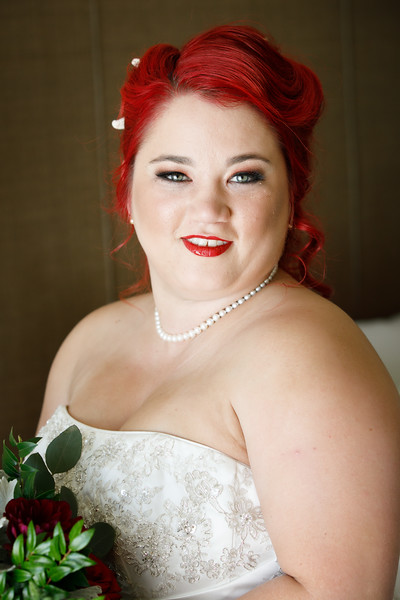 Laura&Jason-BridalPortraits-001