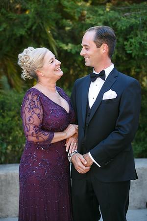 Lindsay&Shane-GroupPortraits&Romance-001