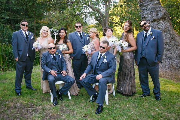 Lindsay&Shane-GroupPortraits&Romance-007