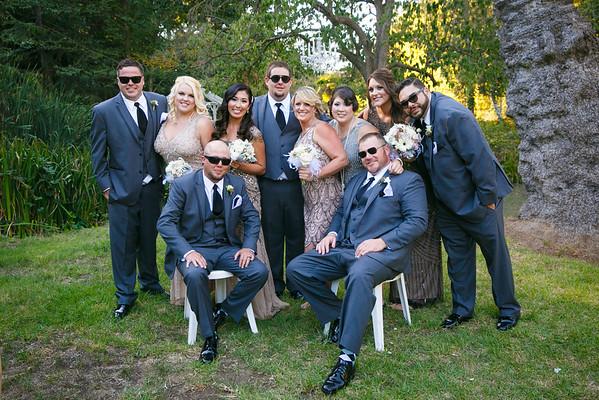 Lindsay&Shane-GroupPortraits&Romance-011