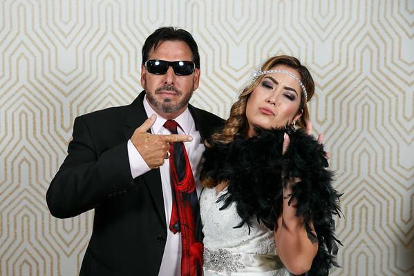 Lindsay&Shane-PhotoBooth-011
