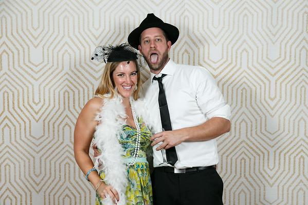 Lindsay&Shane-PhotoBooth-001