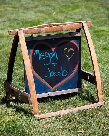 Megan&Jacob-GettingReady-001