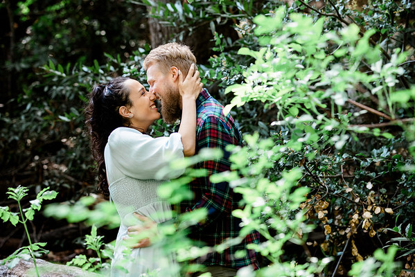 Shannon&Tom-Engagement-2021-007-8236