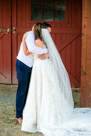 Stephanie&Tod-FirstLook-012-0526