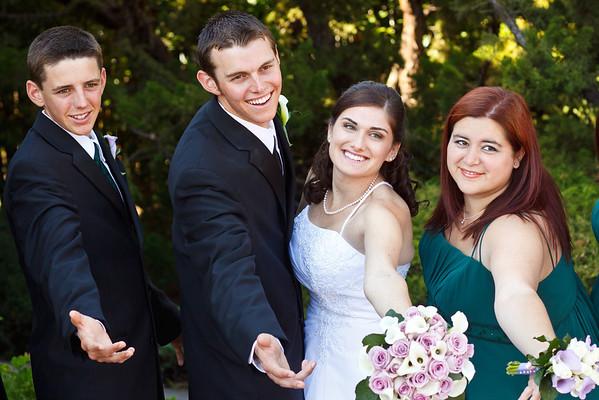 Sylvia&Drake-Family&BridalParty-09