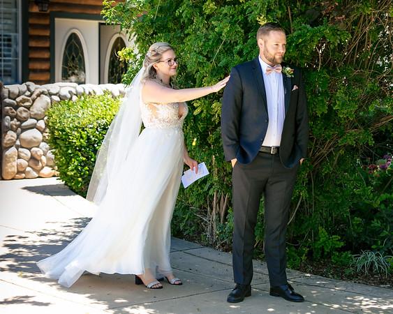 Tessa&John-Wedding-FirstLook-002-0111