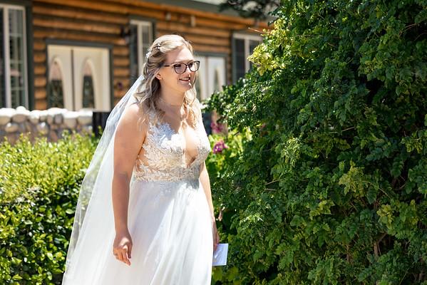 Tessa&John-Wedding-FirstLook-001-0495