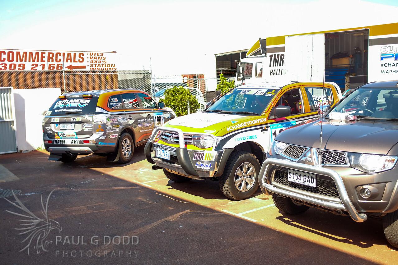 Mitsubishi Outlander PHEV & Mitsubishi Triton