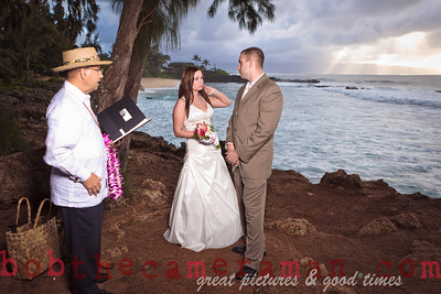 IMG_9016-Holly Prince and David Robins beach wedding-Sharks Cove-North Shore-Oahu-Hawaii-December 1, 2011