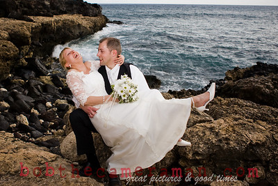 Beach wedding in Makaha.
