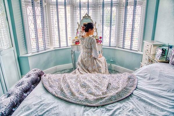 muslim bride getting ready