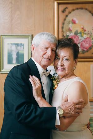 080915- Carlota & Armando Romo 50th Anniversary