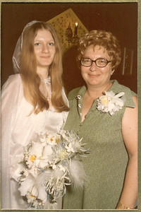 1975 6-28 The Wedding - Thomas  &  Rosemary Banakis 036a
