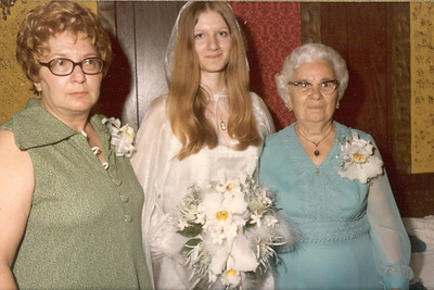 1975 6-28 The Wedding - Thomas  &  Rosemary Banakis 038d