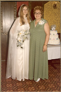 1975 6-28 The Wedding - Thomas  &  Rosemary Banakis 039c