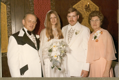 1975 6-28 The Wedding - Thomas  &  Rosemary Banakis 031c