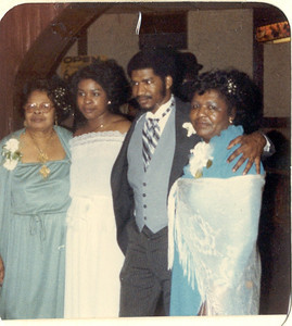 1981-3-28 Valerie and Karl 17 Parker-Hall Wedding