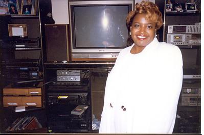 1996-6-9 Teri at Home