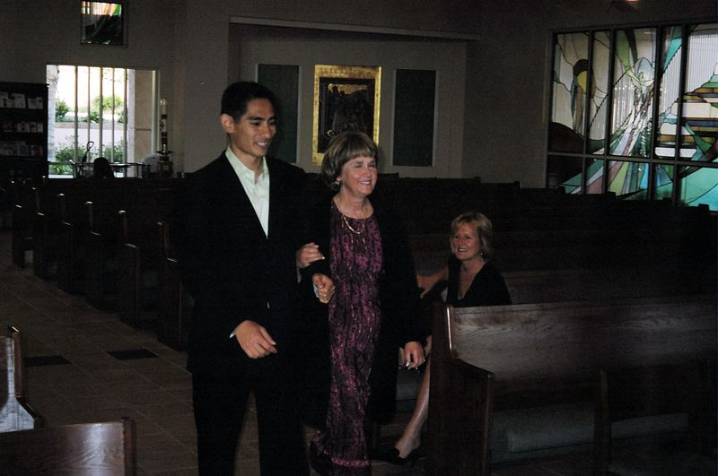 Alex got his long life dream of walking down the aisle with my mom.  She was filling in for Alexis (Dillard) who hadn't arrive into San Diego yet.