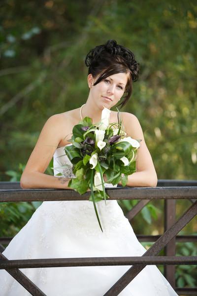 Desa Bridals 010