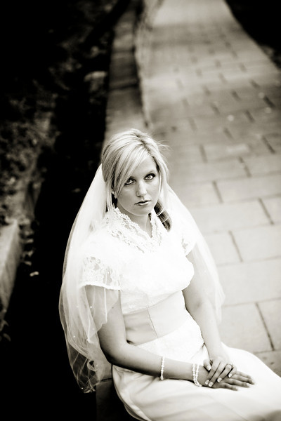 10-09-2007 Andrea Bridals