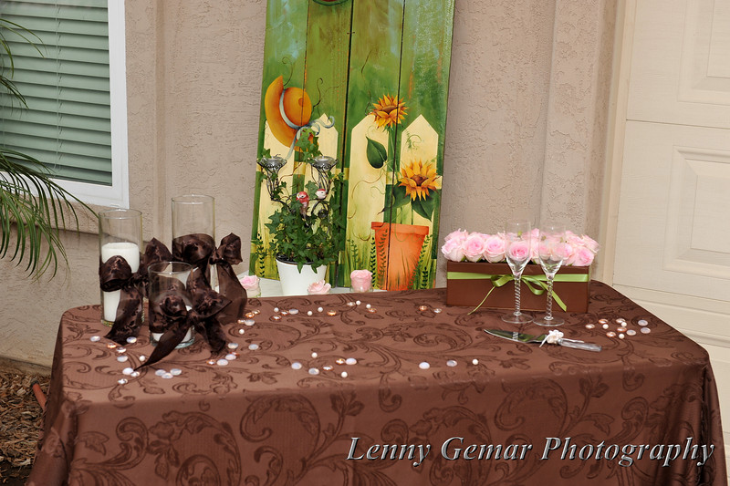 The cake table (before they remembered to bring out the cake!)