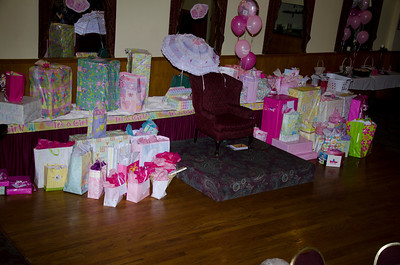 2012 Christines Shower014
