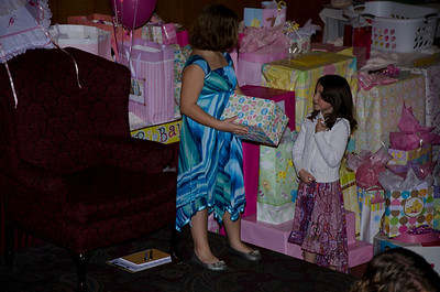 2012 Christines Shower018